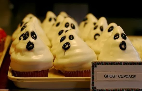 Spooky-halloween-cupcake-decorations_6
